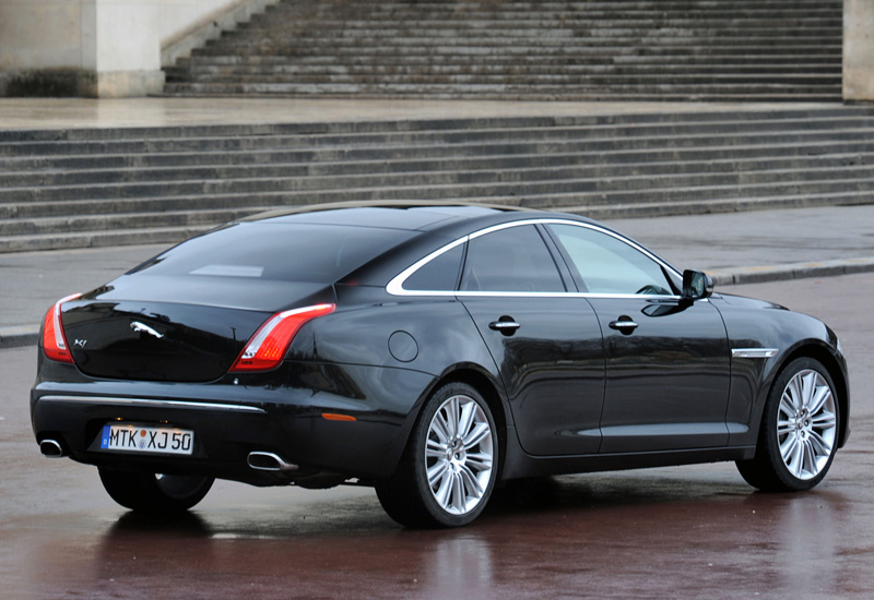 2009 Jaguar XJ V8 S/C Supersport